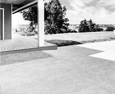 Garrouste - Votre-projet - prestation terrasse noir et blanc